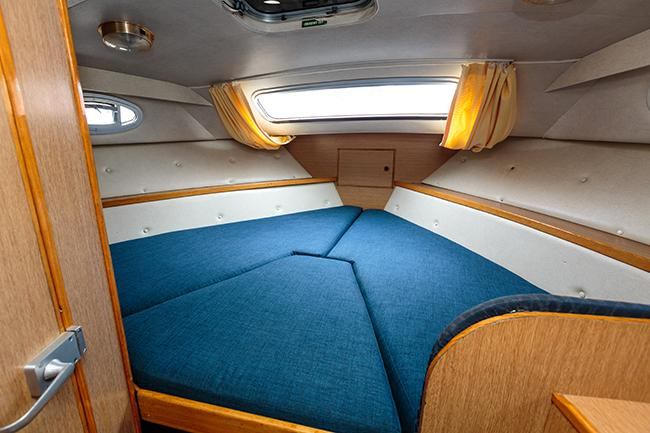 Brinks Benmore - forward cabin with infill for double berth