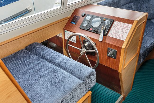 Rapide - interior helm position