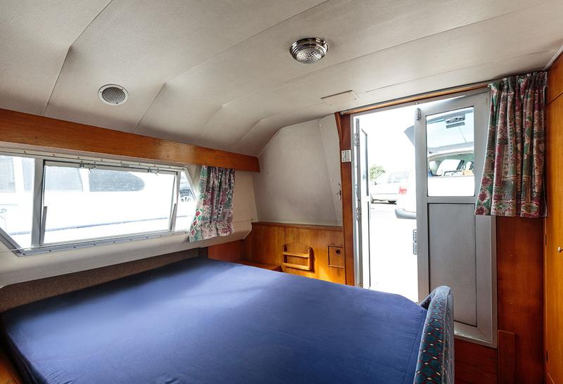 Royall Satin - Aft cabin, double berth