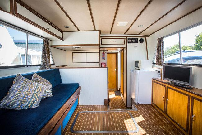 Brinks Jazz - saloon - converts to double bed