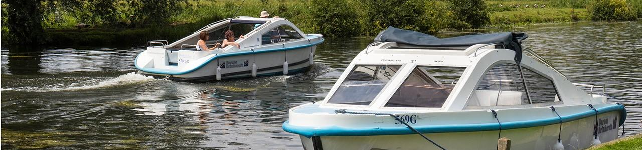 Norfolk Broads Day Boats for Hire, Barnes Brinkcraft