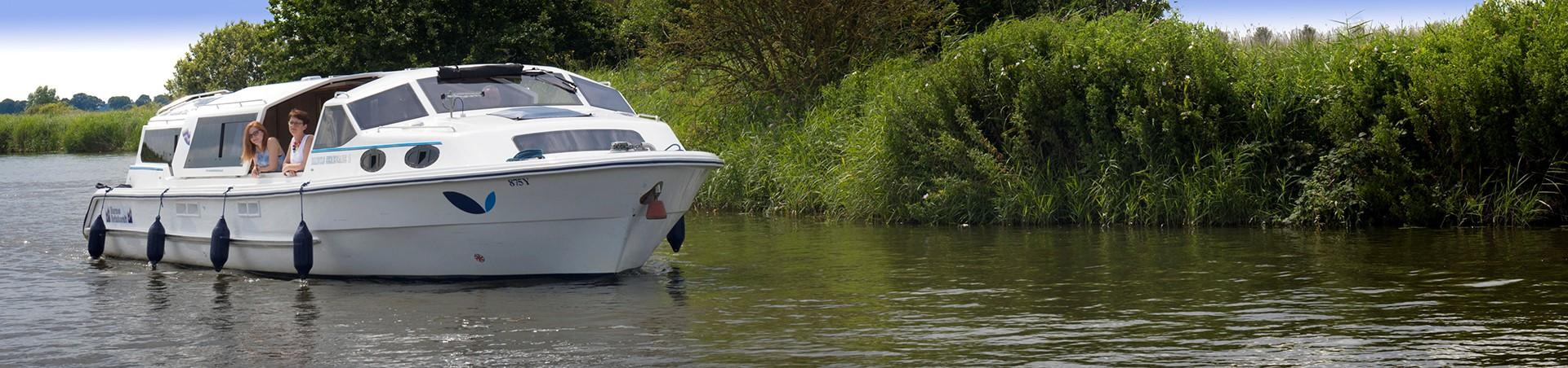 Brinks Serenade Boat - Norfolk Broads - For Hire