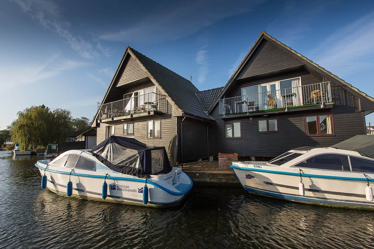 Wroxham Holiday Cottages with Day Boat Hire