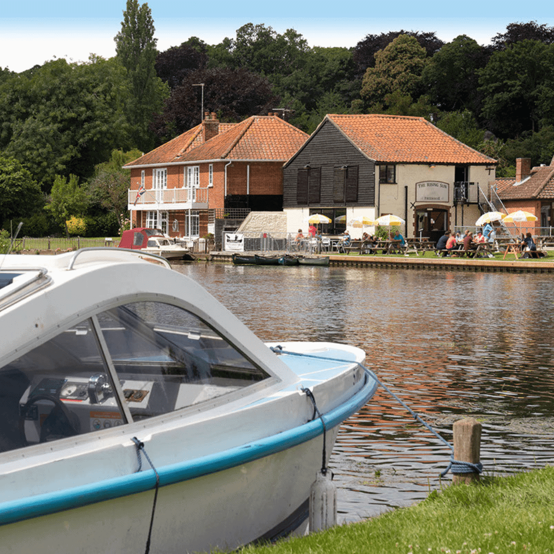 Day Boat Hire For Afternoon Tea